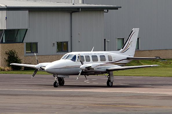 Piper-PA31-Navajo-Chieftain-PrivateFly-AA1128